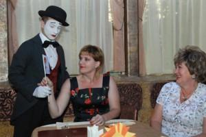 мим и антиконфликт 300x200 26 июля 2012г состоялась впервые в Воронеже Flirt Party «Магия любви».