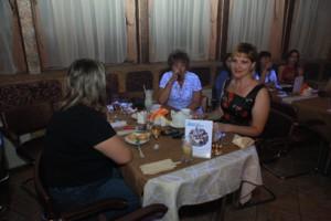 стол антиконфликт 300x200 26 июля 2012г состоялась впервые в Воронеже Flirt Party «Магия любви».