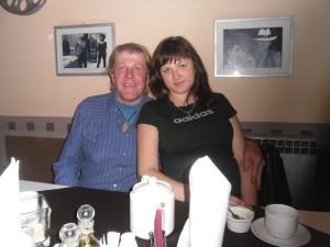 Джеф повел девушку в ресторан. знакомства в Воронеже 291-40-35